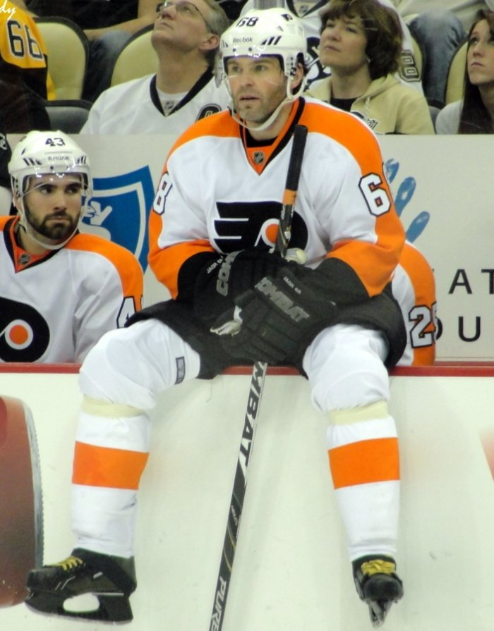 Jaromir Jagr in Philadelphia Flyers jersey (photo: Michael Miller, CC BY-SA 3.0)