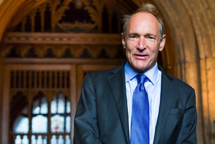 Sir Tim Berners-Lee, tvůrce WWW (foto: Paul Clarke, CC BY-SA 4.0)